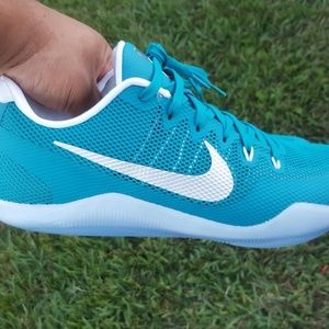 Nike Kobe XI Low Sneakers Aquamarine  mens size 14
